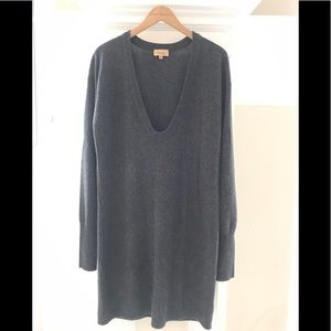 Batabton cashmere dress